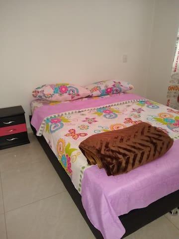 Descanse en Guayacan T1-604