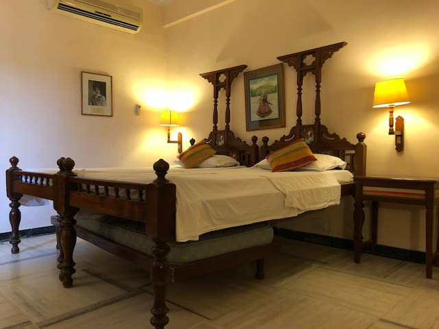 Perfect place to stay At Ratnada Jodhpur