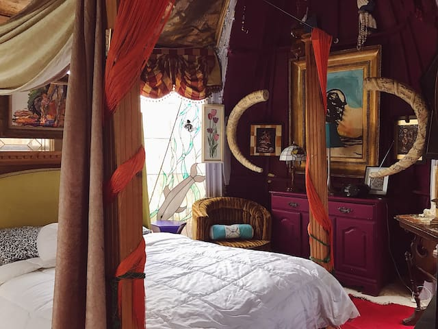 The Shipwreck Suite