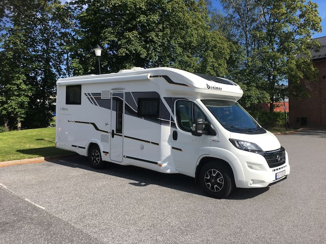 Luxury mobile motorhome / bobil