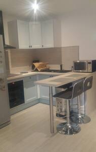 Maison 2 ch, salon-séjour cuisine ouverte