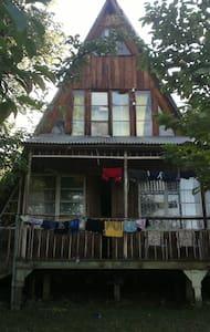 Финский трехэтажный деревянный дом - Ambrolauri