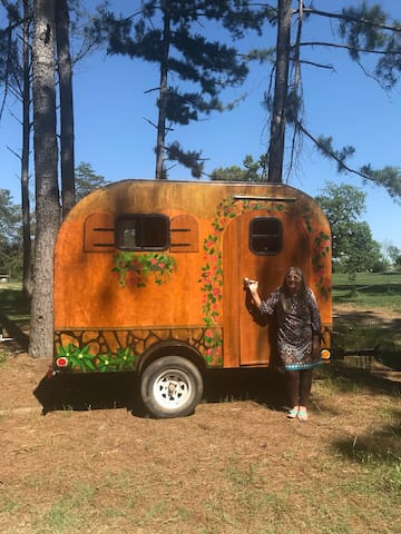 New!! Hippie Chick RV @ Music Springs