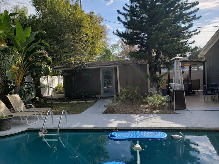 Cozy Studio in Palma Ceia South Tampa with Pool