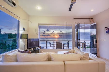 Uluwatu Cliff Apartment - 2Br - Ocean View - South Kuta - Διαμέρισμα