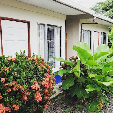 Three-Bed Room ideal for Friends & Family in Uvita