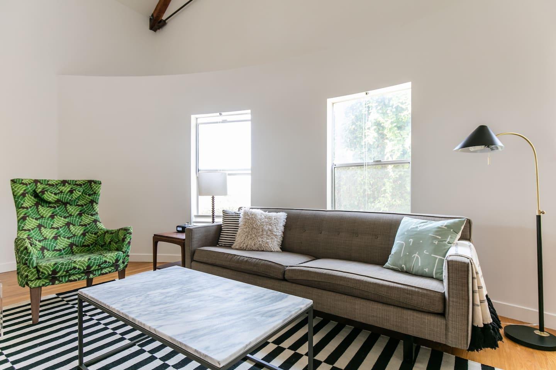 Calm Modern Loft in Venice Beach - Lofts for Rent in Los Angeles ...