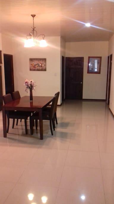 Hallway/ Dining Room