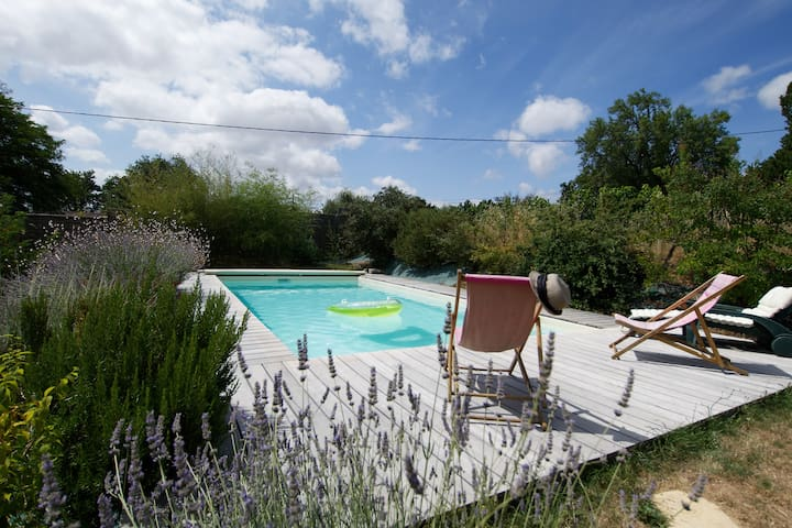Charming spacious country house (Bordeaux/Blaye)