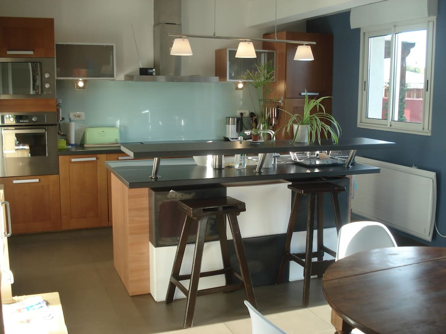 Cuisine ouverte sur salon et terrasses