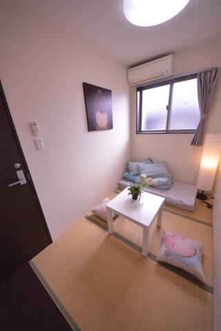 6人住大阪市中心靠近天王寺周边四线地铁3个相邻房间朋友住一起