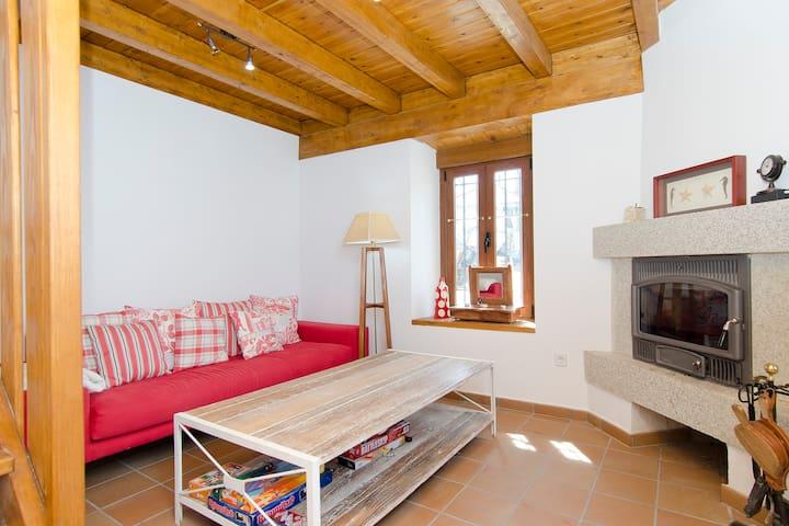Casa en el campo/lago 1 h de Madrid - Cervera de Buitrago - Rumah