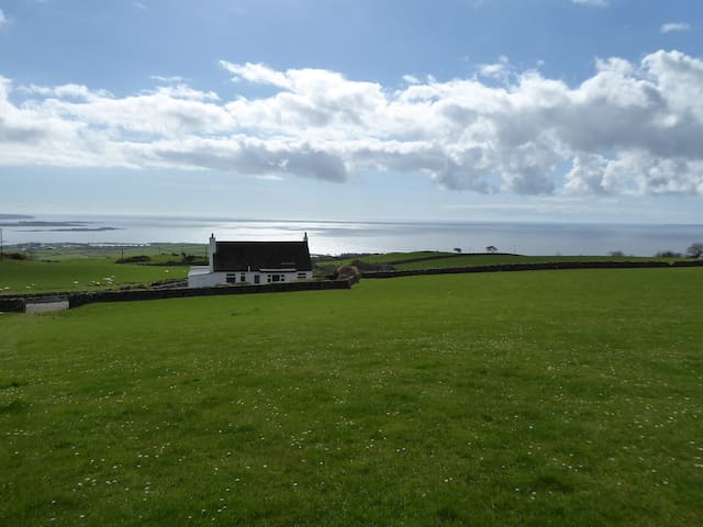 Spacious cottage with sea views - Gatehouse of Fleet - Casa