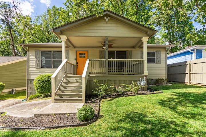 Newly Remodeled Private Home, 3 Bedrooms, 3 Baths