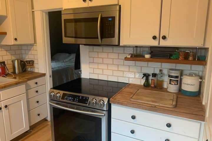 Northend Bungalow in Historic West Downtown Boise!