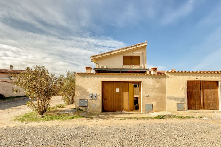 Tranquil Holiday Home Casa Cristallo On the Beach with Terrace, Air Conditioning & Wi-Fi