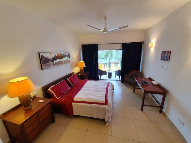 Luxury 3 Bedroom Beach Apartment  - D4