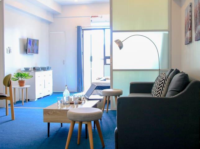 Indigo Makati Deluxe Apartment @ BSA Suites