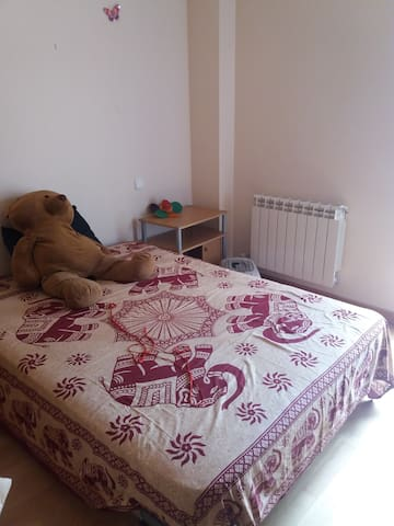 Double room/Habitacion doble - Burgos - Casa