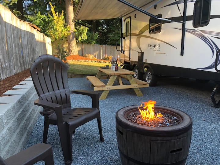 Glamorous Cozy Backyard Oasis