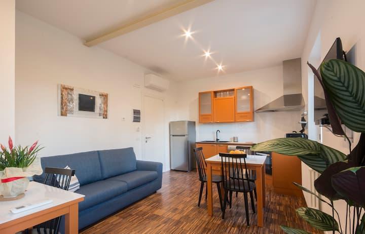 Apt. 4pax- 1 bedroom (2km from city centre)
