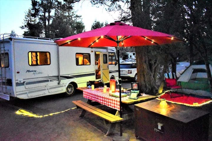 Nice Family Staged RV Glamping in Big Bear Lake!