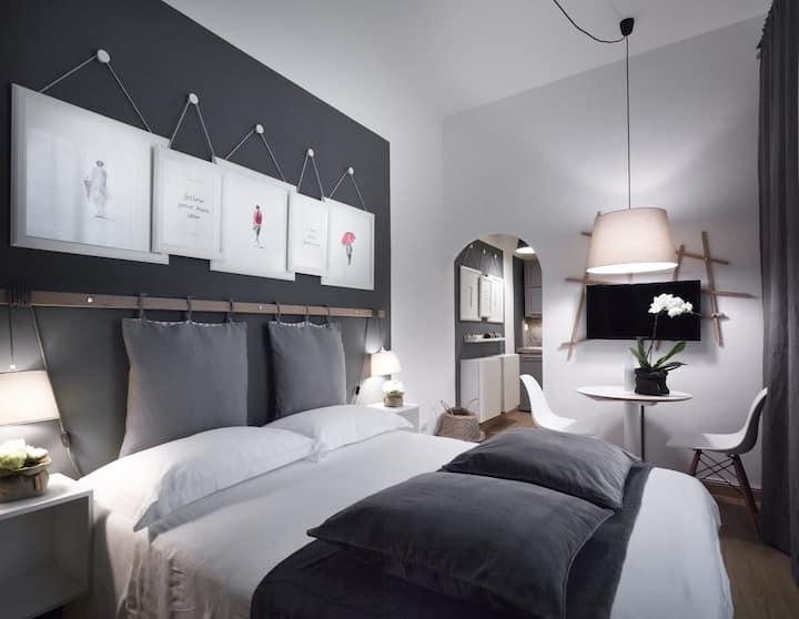 MDR Duomo Grey Apartment