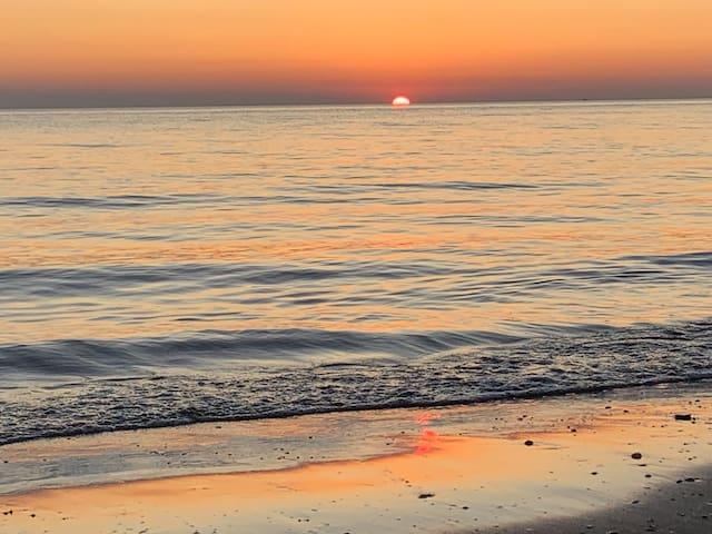 Sole Mare Apartment- Golemi Beach