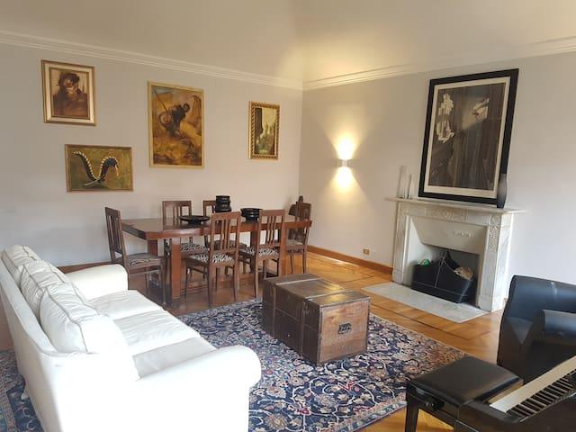 Casa Moore - Luxury Apartment
