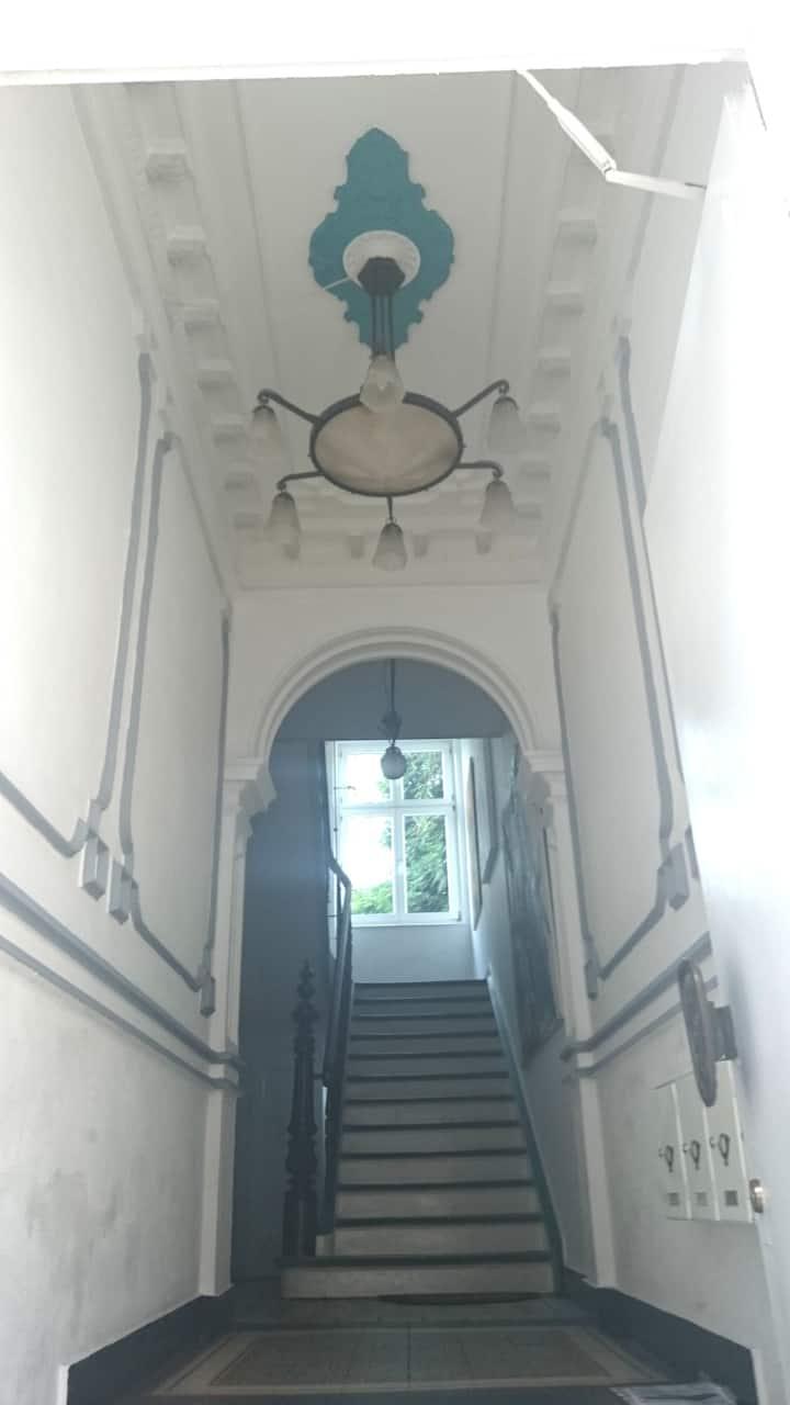 """Zimmer (3) """"Vivace"""" in lichtdurchfluteter Wohnung"""