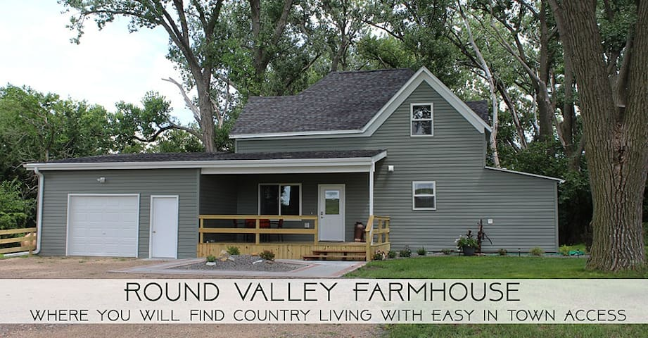 The Round Valley Farmhouse, LLC