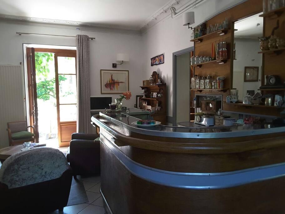 caf des promeneurs guesthouses for rent in la tronche auvergne rh ne alpes france. Black Bedroom Furniture Sets. Home Design Ideas