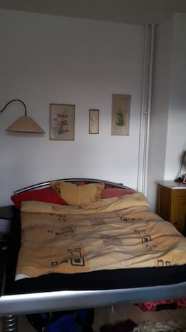 Bright double bedroom, bed is 1,60x2,00
