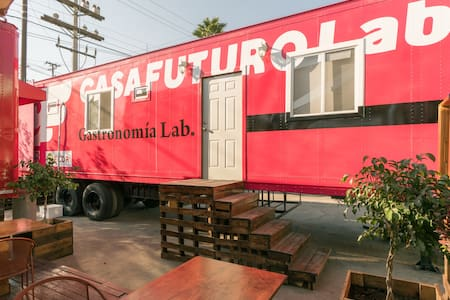 Future House lab in Tijuana! - Camper/RV
