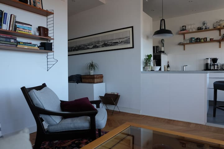 Cosy 2 room apartment in trendy Midsommarkransen