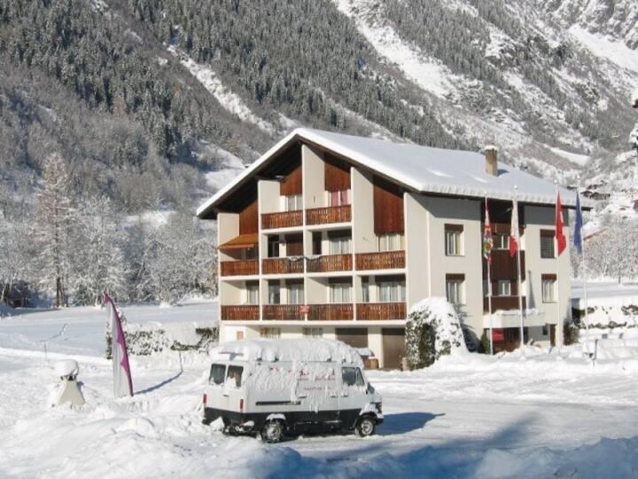 Ein Traum in den Walliser Bergen. Ruhig und sonnig