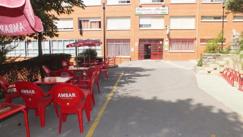 TU ALOJAMIENTO ECONÓMICO EN LOS PIRINEOS