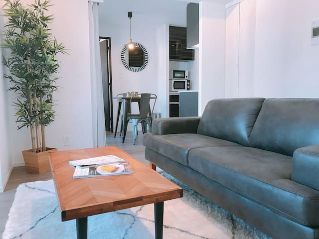 NEW! Urban Chic 2BR Home in Otemachi/Kanda/Tokyo