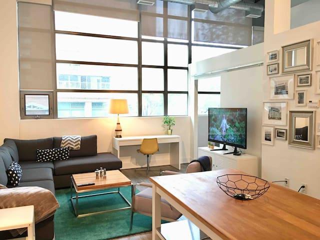 Luxury Monthly Rental at TipTop Lofts w Parking