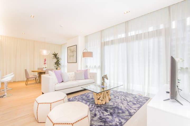 1 Bed, Exceptional Style Courtyard View, City Walk