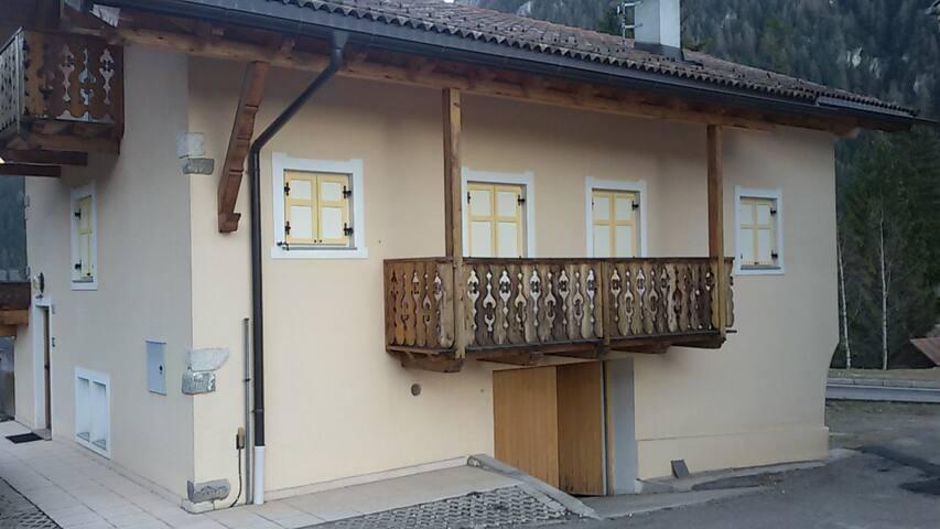 Casa in montagna - Pera - Casa
