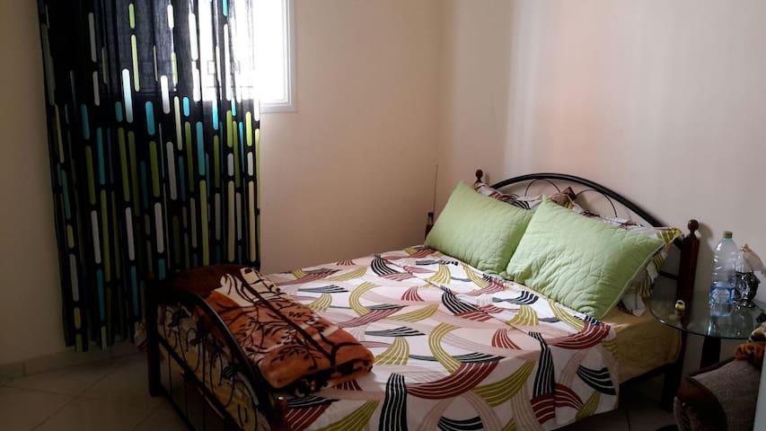 Grand appartement de moyen standing tout confort.