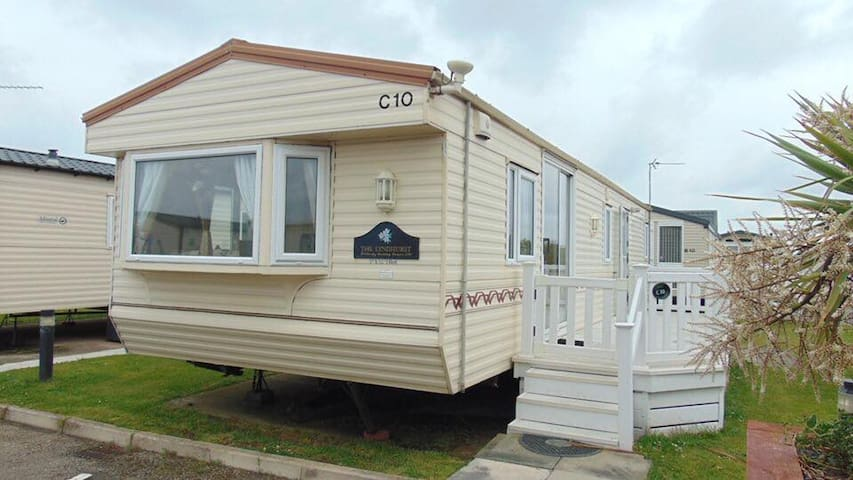 Golden Sands Caravan