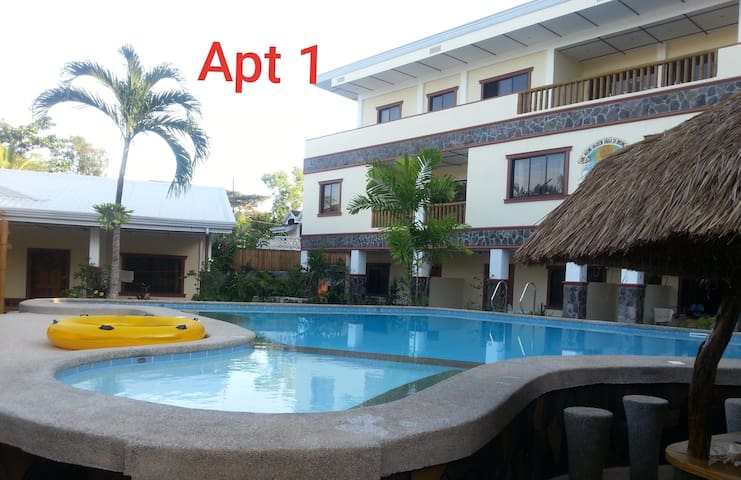 ALONA BEACH! 1-Bedroom Bungalow, 5min. to the Sand