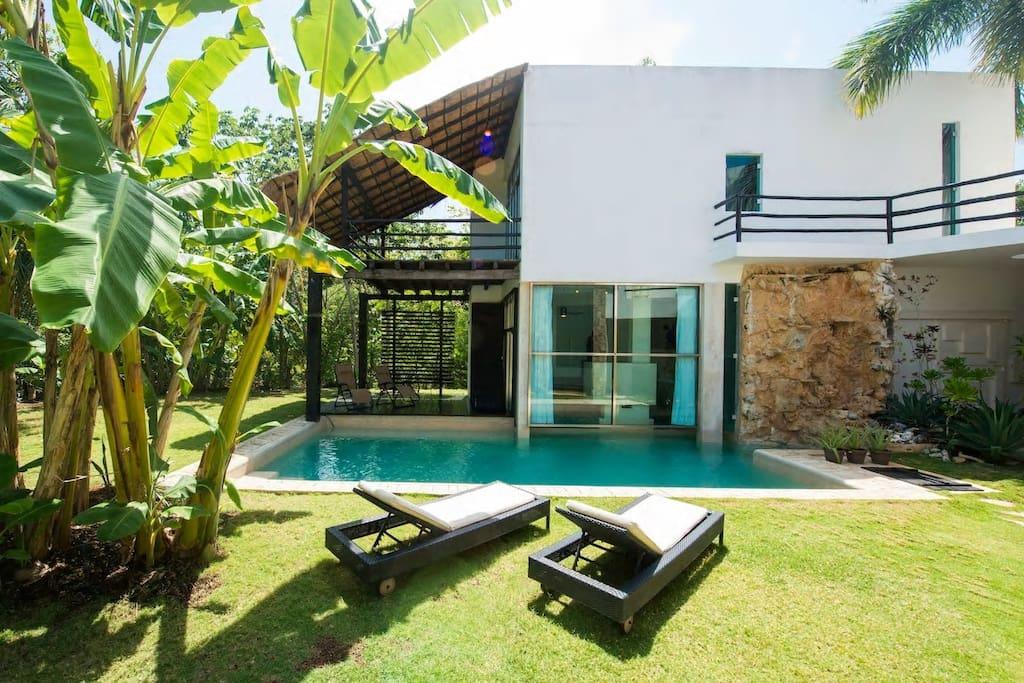 Villa Vip Playacar Fase 2 Houses For Rent In Playa Del