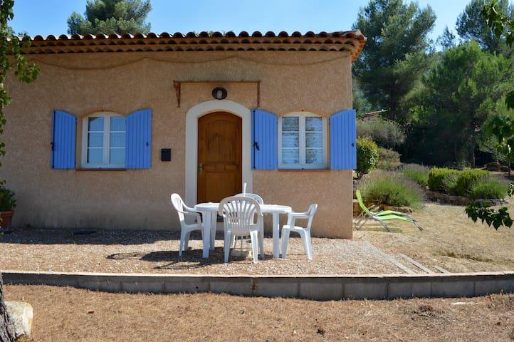 T2, 4 personnes à proximité d'Aix et de Marseille - Mimet - บ้าน