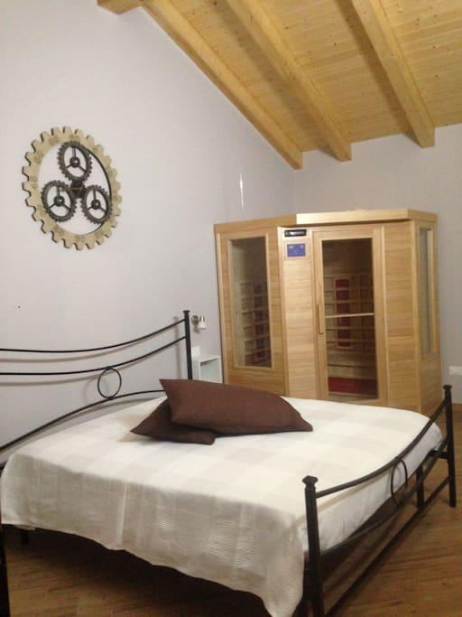 Camera matrimoniale con sauna infrarossi