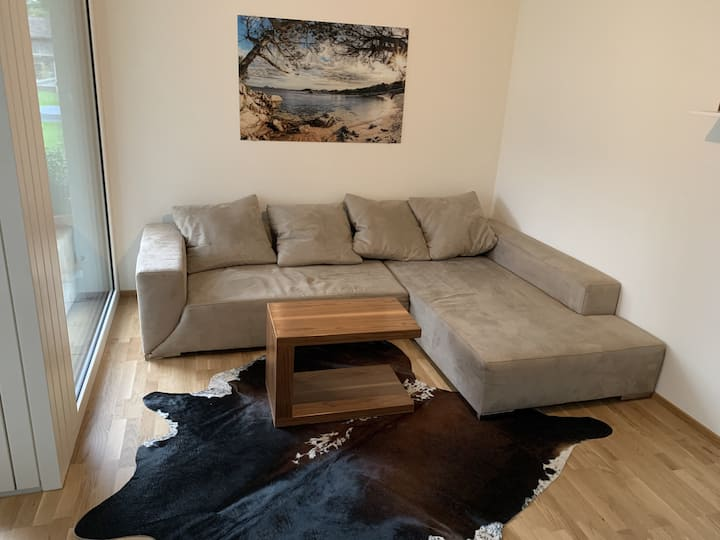"""Brand-New Apartment """"Sunny Apartment"""" with Mountain View, Wi-Fi & Private Terrace; Parking Available"""