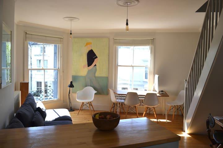 """Unique Brighton Apartment close to """"The Laines"""""""