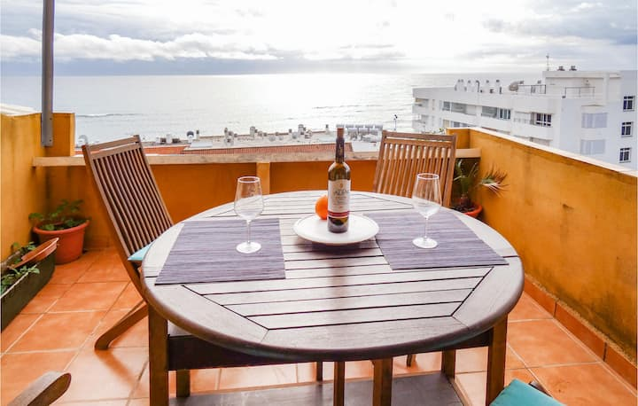 Nice home in Fuengirola with WiFi and 2 Bedrooms